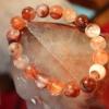 สร้อยข้อมือเรดควอตซ์ ( Red quartz )