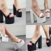 รองเท้าส้นหนาแบบสวมสีดำ/ขาว ไซต์ 34-38