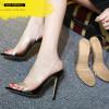รองเท้าส้นสูง ไซต์ 35-40 สีดำ สีครีม (สีพื้น)