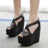 รองเท้าส้นเตารีดสีดำ ไซต์ 34-39