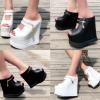 รองเท้าส้นเตารีดแบบสวมสีขาว/ดำ ไซต์ 34-38