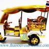 รถตุ๊กตุ๊กจำลอง Big Size ของพรีเมี่ยม Size XL แบบ 32 สีเงินทอง มีธงชาติไทย