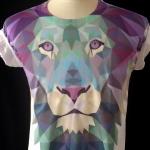 เสื้อยืดลายสิงโต Apizode เสื้อพิมพ์ลายสวย ๆ สีสดใส สไตล์วัยรุ่น ใส่เป็นคู่ หรือใส่เป็นทีมก็ดูสวย