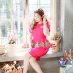 (Size M)ชุดไปงานแต่งงาน ชุดไปงานแต่งสีชมพูบานเย็น เสื้อ + กระโปรงผ้าไหมแขนสั้น มีดีเทลที่เอวระบายแต่งด้วยลูกไม้ดิ้นทองสั่งทำพิเศษ มาพร้อมกับกระโปรง สามารถใส่ไปทำงานหรือออกงานก็ได้ ห้ามพลาดเลยนะค่ะ!!