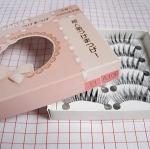 วิธีการเลือกและวิธีติดขนตาปลอม handmade