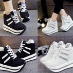 รองเท้าผ้าใบเสริมส้นสีดำ/ขาว ไซต์ 35-39