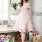 (Size L ) ชุดไปงานแต่งงาน ชุดไปงานแต่งสีชมพู ผ้าไหมซาตินเปิดไหล่ลายฉลุทำยาก สุดๆ