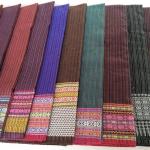 ผ้าถุง ผ้าซิ่น ลายเชิง (พับคู่) คละสี 90*180ซม ผืนละ 82 บาท ส่ง 100ผืน