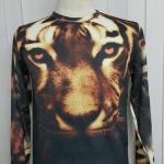 เสื้อ Apizode : เสื้อยืดพิมพ์ลาย คอกลมแขนยาว ลายหน้าเสือ พื้นดำ