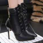 รองเท้าบูทหนังปลายแหลมสีดำ ไซต์ 35-40
