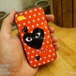 iPhone 4, 4S - เคส Face Idea ลาย Play COMME พื้นหลังลายจุด แดง