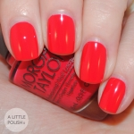 Morgan Taylor - Hot Hot Tamale โทนสีแดงส้มอมชมพู โทนสีสดใสรับซัมเมอร์