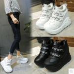 รองเท้าผ้าใบเสริมส้นสีดำ /ขาว ไซต์ 34-39