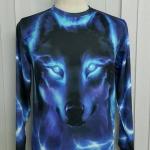เสื้อ Apizode : เสื้อยืดพิมพ์ลาย คอกลมแขนยาว ลายใบหน้าหมาป่า (ฟ้าพื้นดำ)