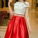 *** Size XL***(เสื้อ + กระโปรง) ชุดไปงานแต่งงาน ชุดไปงานแต่งสีแดง ชุดไปงานบุญงานบวช เสื้อเปิดไหล่ มาพร้อมกระโปรงผ้าไหมสั่งทำพิเศษ มีดีเทลที่เอวแต่งด้วยโบว์ ใส่สวยสุดๆค่ะ ช้าหมดอดนะค่ะ ,