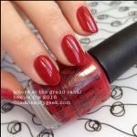 OPI - Amore at the Grand Canal สีแดงกล่ำ เนื้อสีสวย ได้ลุคที่ดูหรูหรา