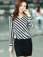 (สีขาวดำ)เสื้อผ้าแฟชั่นเกาหลีทำงานออฟฟิศ สีขาว ลายเฉียงสีขาวสลับดำ คอวี แขนยาว ผ้าชีฟอง( ใหม่ พร้อมส่ง) ร้าน LadyShop4U