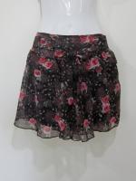 กระโปรง+กางเกง กระโปรงสั้น กระโปรงแฟชั่น กางเกงกระโปรง กระโปรงกางเกง กระโปรงทำงาน สีดำ ดอกไม้สีแดง กางเกงด้านในสีดำ สวย ดูดี (ใหม่ พร้อมส่ง) LadyShop4U