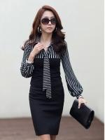 (สีดำ)เสื้อผ้าแฟชั่นเกาหลีทำงานออฟฟิศ สีดำ คอปก แขนยาว ช่วงบนเป็นลายขวางลงสีขาวสลับดำ ช่วงล่างเป็นผ้ายืดเข้ารูป( ใหม่ พร้อมส่ง) ร้าน LadyShop4U