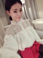 (สีขาว) เสื้อทำงานแฟชั่นเกาหลีออฟฟิศ สีขาว เสื้อเชิ้ตแขนยาว ช่วงคอ-อกเป็นผ้าลูกไม้ซีทรู คอระบายลูกไม้ แขนยาว ผ้าชีฟอง กระดุมหน้า (ใหม่ พร้อมส่ง) ร้าน LadyShop4U