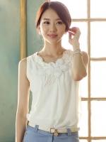 (สีขาว)เสื้อทำงานแฟชั่นเกาหลีออฟฟิศ ผ้าชีฟอง คอประดับดอกไม้ แขนกุด ผ้าชีฟอง (ใหม่ พร้อมส่ง) ร้าน LadyShop4U
