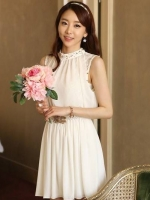 (สีขาว)ชุดเดรสแซกสั้นแฟชั่นเกาหลี สีขาว ผ้าชีฟอง คอและเอวประดับมุข แขนกุด เอวยืด ซับในเป็นผ้าลูกไม้ (ใหม่ พร้อมส่ง) ร้าน Ladyshop4u