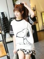 (สีขาว) เสื้อยืดแฟชั่นวัยรุ่นสาวเกาหลีสีขาว คอสีดำ แขนสีดำลายขวางสีขาว ลายสนู้ปปี้ (Snoopy) (ใหม่ พร้อมส่ง) ร้าน LadyShop4U