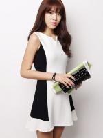 Pre order (สีขาว)ชุดเดรสแซกสั้นแฟชั่นเกาหลี คอกลม แขนกุด ผ้าคอตตอน ช่วงลำตัวสีขาว ด้านข้างสีดำ เข้ารูป(ใหม่ พรีออเดอร์) ร้าน Ladyshop4u