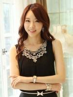 (สีดำ) เสื้อทำงานแฟชั่นเกาหลีออฟฟิศ เสื้อคอกลมปักเหลื่อม แขนกุด ด้าหน้าเป็นผ้าชีฟอง ด้านหลังเป็นผ้ายืด (ใหม่ พร้อมส่ง) ร้าน LadyShop4U