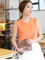 เสื้อเอวลอย แขนกุด โชว์หลัง สีส้ม ปลายเสื้อตัดเป็นลูกคลื่น (สินค้าใหม่ พร้อมส่ง)
