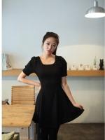 ชุดเดรสออกงาน ชุดเดรสสั้นแฟชั่นเรียบ ดูดี สีดำ คอกลม แขนสั้น ผ้ายืด กระโปรงบาน(ใหม่ พร้อมส่ง) ร้าน Ladyshop4u