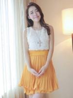 (สีเหลือง)ชุดเดรสสั้นแฟชั่นเกาหลีหวาน ชุดออกงาน สีส้มเหลือง เสื้อผ้าชีฟองแต่งดอกกุหลาบ กระโปรงอัดพลีท ซิปข้าง มาพร้อมเข็มขัด(ใหม่ พร้อมส่ง) ร้าน Ladyshop4u