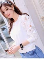(สีขาว)เสื้อลำลองใส่เที่ยวน่ารัก สีขาว ตัวเสื้อเป็นผ้าคอตตอน คอกลม แขนยาวผ้าลูกไม้หนาลายดอก จั๊มแขน จั๊มเอว ดูดี (ใหม่ พร้อมส่ง) ร้าน LadyShop4U