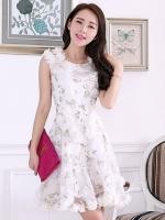 (สีขาว)ชุดเดรสแซกสั้นแฟชั่นเกาหลี ผ้าชีฟองลายดอกไม้ สีขาว คอกลมตกแต่งผ้าชีฟองขาว แขนกุด กระโปรงบาน (ใหม่ พร้อมส่ง) ร้าน Ladyshop4u