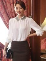 (สีขาว)เสื้อทำงานแฟชั่นเกาหลีออฟฟิศ เสื้อทำงานผ้าชีฟอง สีขาว แขนสามส่วน คอปกผ้าลูกไม้สีดำ กระดุมผ่าหน้า (ใหม่ พร้อมส่ง) ร้าน LadyShop4U
