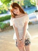 เสื้อแฟชั่นเกาหลี สีขาว เปิดไหล่ จั๊มแขนตุ๊กตา จั๊มเอว น่ารัก ๆใหม่ พร้อมส่ง) ร้าน Ladyshop4u