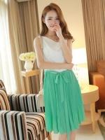 (สีเขียว)ชุดเดรสแซกสั้นแฟชั่นเกาหลีแนวหวาน สีเขียว คอย้วย แขนกุด เอวยางยืด กระโปรงอัดพลีท แถมผ้าผูกเอว(ใหม่ พร้อมส่ง) ร้าน Ladyshop4u