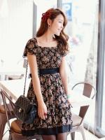(สีดำ)ชุดเดรสสั้น ชุดเดรสผ้าชีฟองพิมพ์ลายดอกไม้ สีดำ มาพร้อมผ้าผูกเอวสีดำ ชุดเดรสทำงาน ชุดเดรสเกาหลี (ใหม่ พร้อมส่ง)ร้าน LadyShop4U