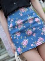 กระโปรงแฟชั่น กระโปรงทำงาน กระโปรงสั้นทรงกระบอก ลายดอกไม้ พื้นสีฟ้า สวย น่ารัก ดูดี (ใหม่ พร้อมส่ง) LadyShop4U