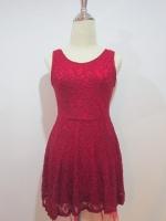 ชุดเดรสเดรสแซกสั้นแฟชั่นทำงาน ผ้าลูกไม้ ลายดอก สีแดง แขนกุด มีซับในสีแดง (ใหม่ พร้อมส่ง) ร้าน LadyShop4u