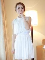 (สีขาว)ชุดเดรสแซกสั้นแฟชั่นเกาหลี ผ้าชีฟอง คอกลม แขนกุด เอวยืด ไหล่ประดับกระดุม ซับในอย่างดี ซิปหลัง(ใหม่ พร้อมส่ง) ร้าน Ladyshop4u