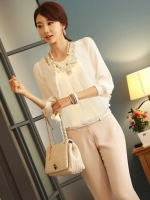 (สีขาว)เสื้อผ้าแฟชั่นเกาหลีทำงานออฟฟิศ สีขาว คอกลม แขนยาวผ้าชีฟอง ผ้าชีฟอง ปักดิ้นที่คอ( ใหม่ พร้อมส่ง) ร้าน LadyShop4U (ใหม่ พร้อมส่ง) ร้าน LadyShop4U