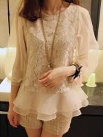 เสื้อลูกไม้ เสื้อแฟชั่นสไตส์เกาหลี คอกลม ตัวเสื้อผ้าลูกไม้สีขาว(มีซับใน) แขนยาวผ้าแก้ว แต่งชายเสื้อด้วยผ้าแก้วเป็ยระบาย (ใหม่ พร้อมส่ง) ร้าน Ladyshop4u