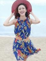 (สีน้ำเงิน) ชุดเดรสแซกสั้นเกาหลี เที่ยวทะเล ชุดไปทะเล ผ้าชีฟอง พิมพ์ลายขนนก คอจีบ แขนกุด พร้อมเข็มขัดสีน้ำตาล ฟรีไซส์ค่ะ(ใหม่ พร้อมส่ง) ร้าน LadyShop4u