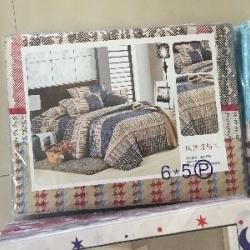 ผ้าปูที่นอน ลายดอก / สก๊อต คละลาย เกรดB 3.5ฟุต 3ชิ้น คละลาย ชุดละ 115 บาท ส่ง 40 ชุด