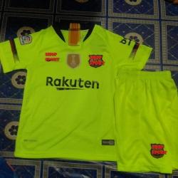 ชุดบอลเด็กทีมบาเซโลน่าเขียว2018-2019