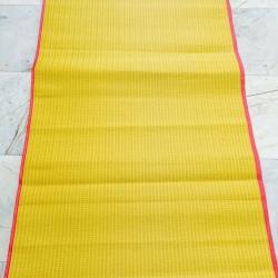 เสื่อวัด เหลืองแดง กุ๊นขอบ 0.9 x 8 เมตร ผืนละ 340 บาท ส่ง 20ผืน