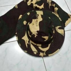 หมวกสีล้วน 50ใบต่อสี