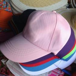 หมวกสีล้วนราคาส่ง
