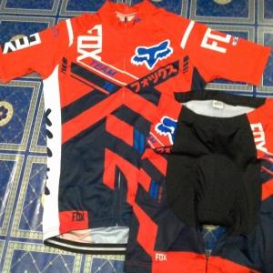 ชุดปั่นจักรยานFOX แดงดำ